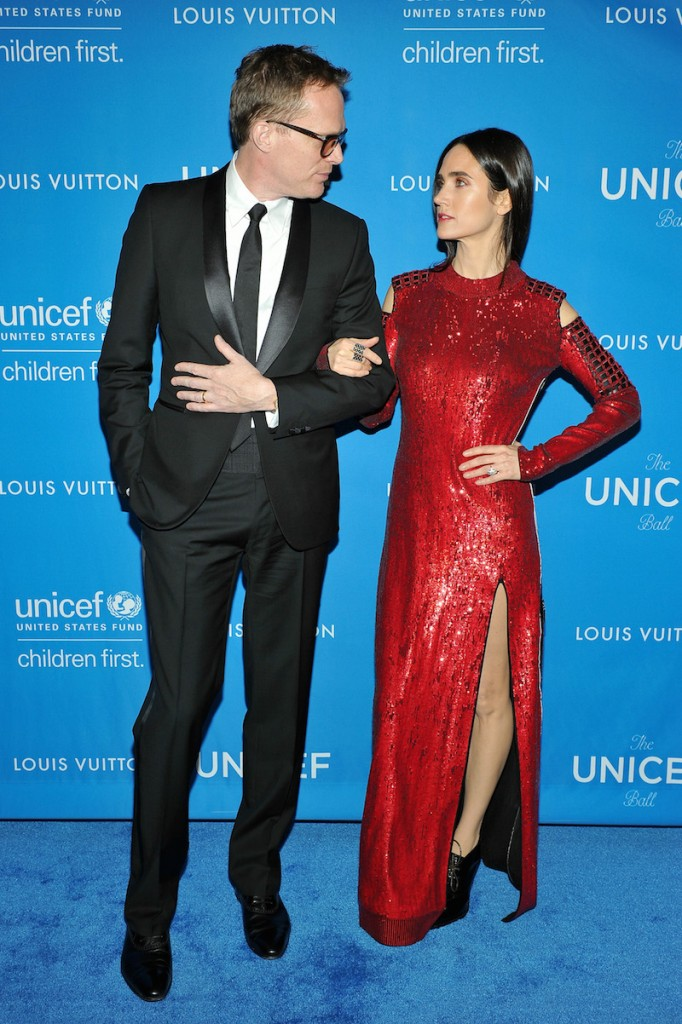 Actors Paul Bettany (L) and Jennifer Connelly, wearing Louis Vuitton, attend the Sixth Biennial UNICEF Ball Honoring David Beckham and C. L. Max Nikias presented by Louis Vuitton at Regent Beverly Wilshire Hotel on January 12, 2016 in Beverly Hills, California