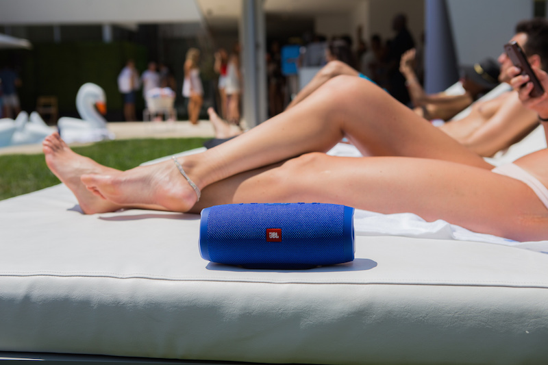 """JBL Poolside Event in Los Angeles Launches the Fully Submersible """" JBL Charge 3"""" Portable Speaker."""