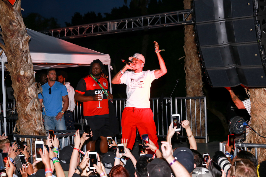 Chance the Rapper performs at #REVOLVEfestival : Day 2